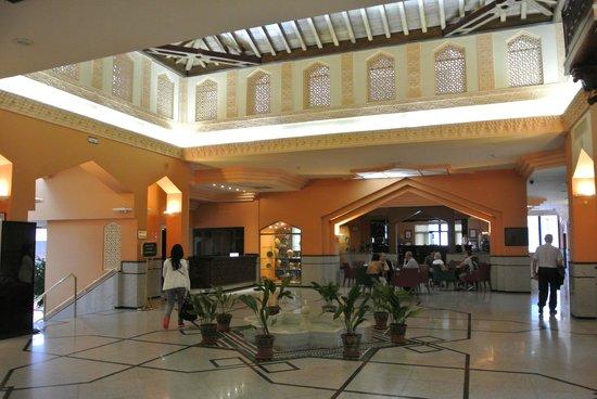 Saray Hotel: ロビー