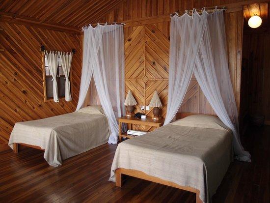 Shwe Inn Tha Floating Resort: Hotel Room