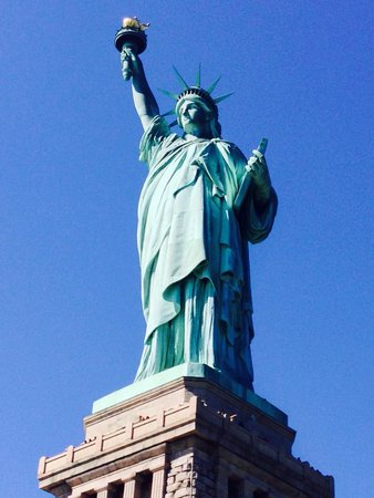 how to see the statue of liberty in nyc