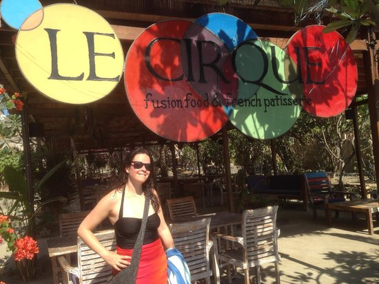 Sunrise Resort: The retsaurant and and yummy pastiserie