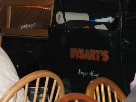 Dysart's Restaurant: A truck is part of the decor