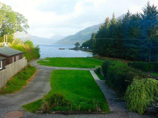 Rowardennan Hotel: lake view room