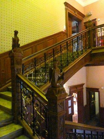 B+B Edinburgh: stairs
