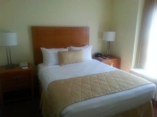 Desert Paradise Resort: Bedroom 2