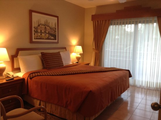 Paradise Village Beach Resort & Spa: comfortable Master