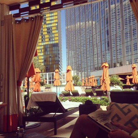 Mandarin Oriental, Las Vegas: View from Private Cabana