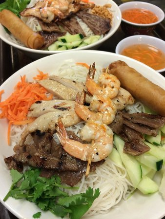Combo Vermicelli Bowl - Picture of Pho Que Huong Noodle