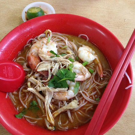 Chong Choon Cafe : famous Sarawak Laksa RM6.00 look at how BIG the prawn is!
