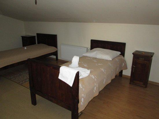 Camea : Room