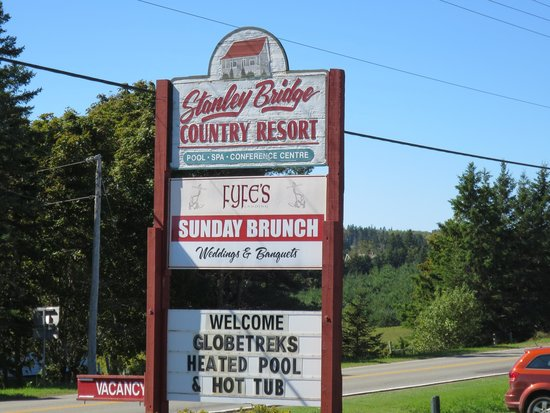 Stanley Bridge Country Resort: 看板