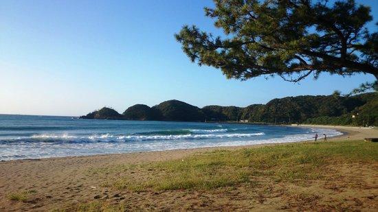 Kyukamura Minami-Izu: 早朝の弓ヶ浜