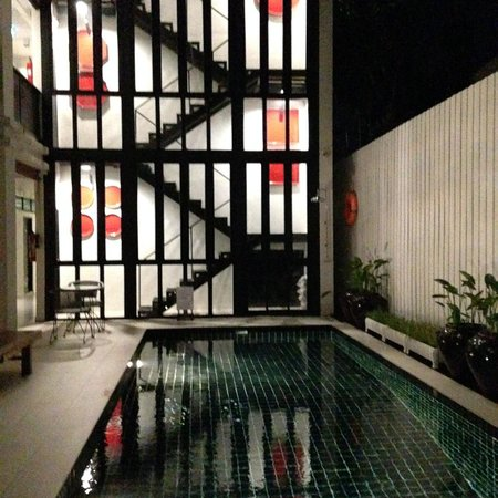 99 The Gallery Hotel : Pool spot
