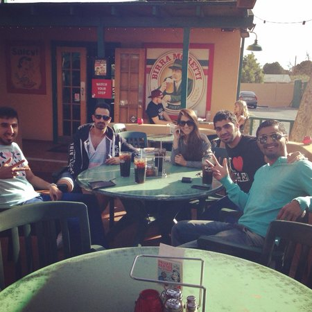 Oregano's Pizza Bistro: Enjoying the amazing weather as well as the food and great company