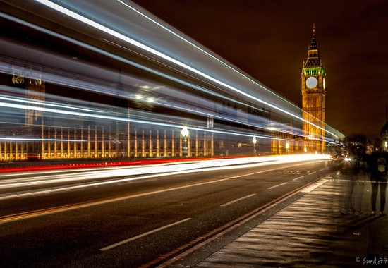 Photography Tours at Night LTD: Big Ben Light Trails