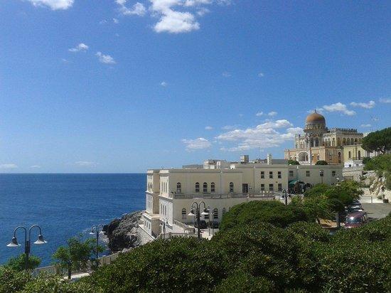 Grand Hotel Mediterraneo: Il simbolo di Santa cesarea terme.