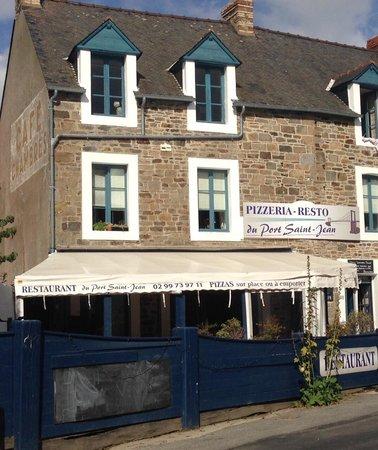 Rue Du Port La Ville Es Nonais