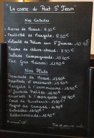 La Ville-es-Nonais, Frankrijk: The menu board on the day we visited.