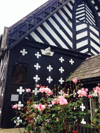 Samlesbury Hall: Good Architecture...