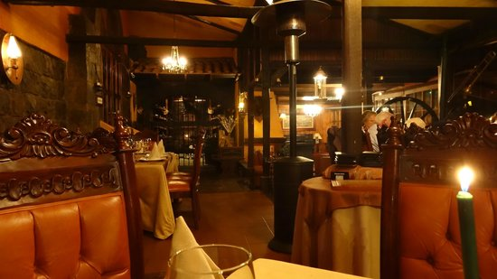 Hosteria La Andaluza: dining room