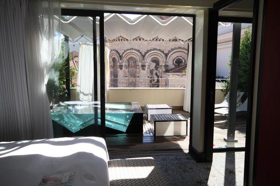 Five Seas Hotel Cannes: chambre