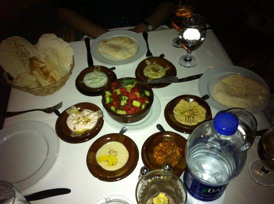 The Grill : Mezzeh, ägyptische Vorspeis