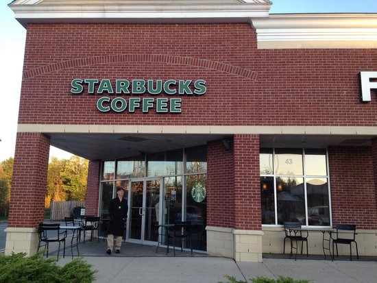 Roseland, Nueva Jersey: Starbucks store - outside