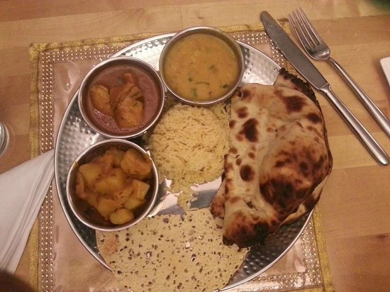 Bollywood Bytes Restaurant: One of Our Lunch Thali