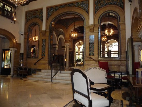Hotel Alfonso XIII, A Luxury Collection Hotel, Seville: Foyer