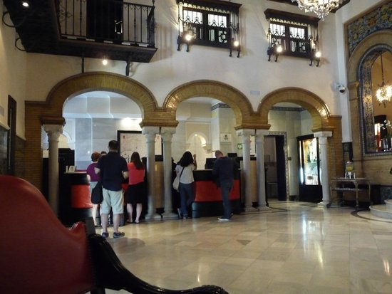 Hotel Alfonso XIII, A Luxury Collection Hotel, Seville : Foyer