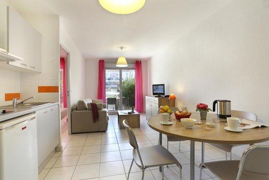 Résidence Cap Med : Living room