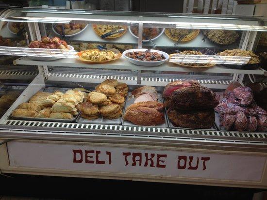 Eppes Essen: Deli counter