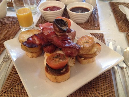 Old Harbour View: The full-English breakfast. The best I've ever had!