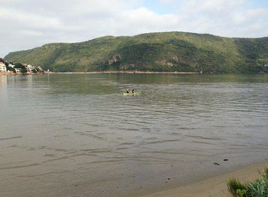Amanzi Island Lodge : Kayaking in the lagoon.
