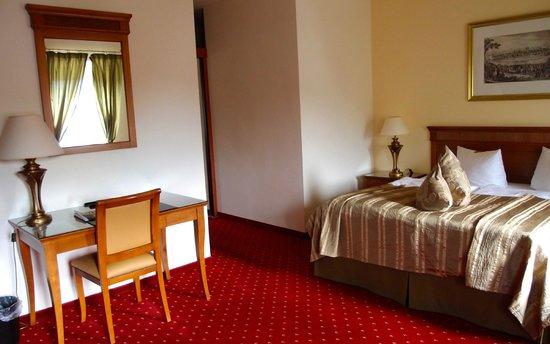 Arkaden Hotel im Kloster : Zimmeransicht