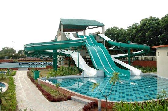 Holiday Village Resort: Water Park