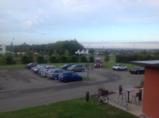 Ibis Albert: View of Albert in the distance