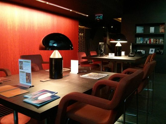 Soho Hotel: Business centre in basement. Help yourself to coffee/hot water here
