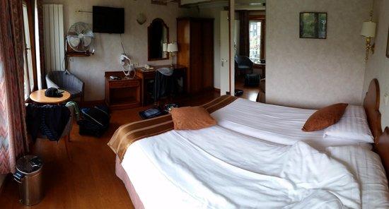 Atlanta Hotel: CAMERA