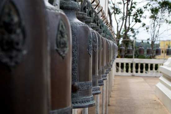 Chopsticks Hill (Khao Takiab): Prayer bells