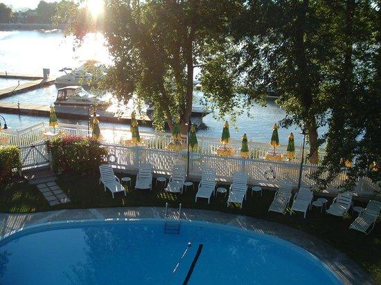 Auberge Handfield Et Spa: Piscine