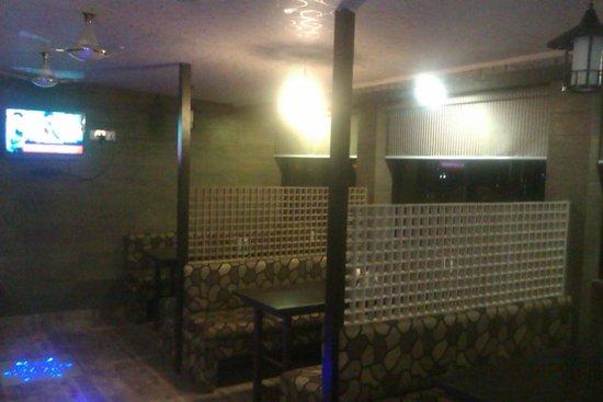 Mahadev Villa : restaurant