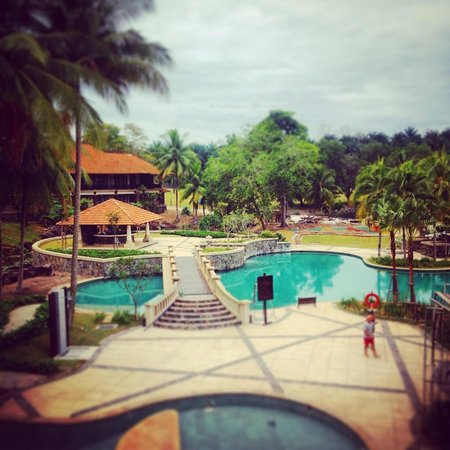 Sebana Cove Golf Resort: Swimming Pool