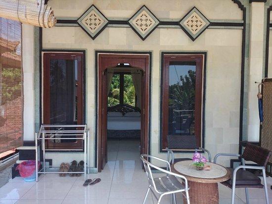 Balinda Rooms & Villas: Вход в номер