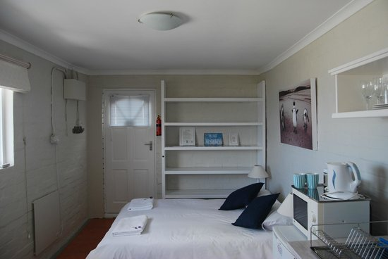 Seagetaway Self Catering Accommodation: Budget Apartment Bedroom