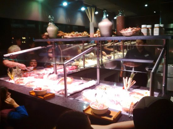 Mongo's Restaurant Dusseldorf: A full selection of meats and fish - about 20 choices in total
