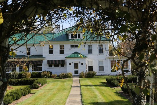 Greenwood Manor Inn: The inn
