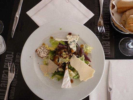 Caffe Roma: piatti di formaggi