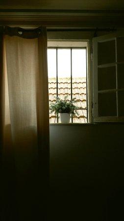 ZUZA Guest House: Dettaglio dalla mia camera