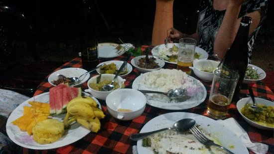 Palitha Home Stay: lovely dinner!