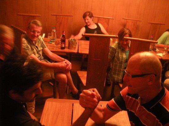 Hotel Ishan Villa: Arm wrestling round 1